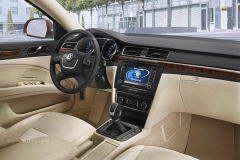 skoda_superb_2008_dailyautoru_01.jpg