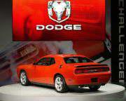 dodge_challenger_srt8_dailyautoru_06.jpg