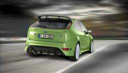ford_focus_rs_2009_dailyautoru_02.jpg