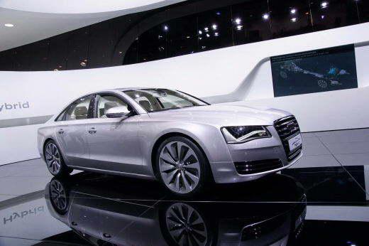 Audi_A8_Hybrid_2011_DAILYAUTO.RU_01