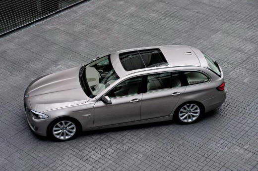 BMW_5-Series_Touring_2011_DAILYAUTO.RU_01