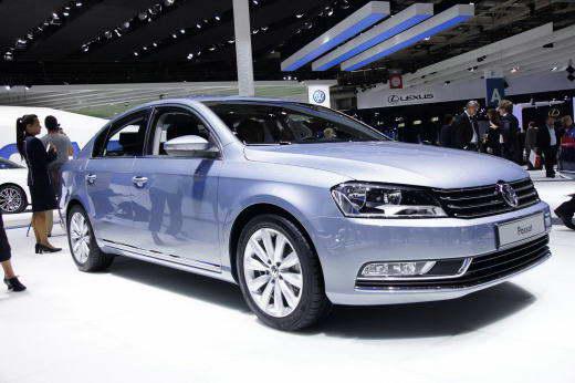 VW_Passat_B7_2011_dailyauto.ru_01
