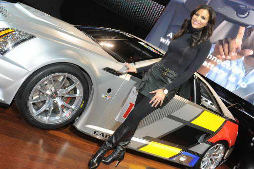 Detroit_Motor_show_2011_Girls_dailyauto.ru_01