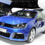 Женева 2011: заряженный хэтчбек VW Golf R | Фото и Видео
