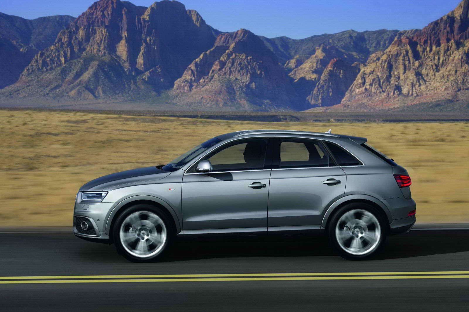 The audi q3 audi is venturing into a new market segment: the audi q3 is a premium suv in a compact form