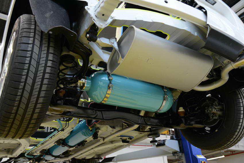Peugeot Citroen Hybrid Air