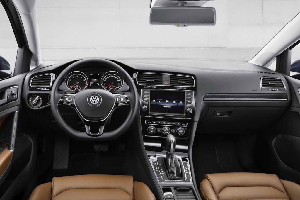 Volkswagen-Golf-7-03