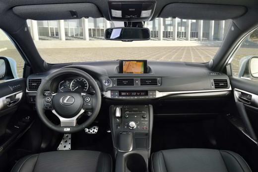 Lexus-CT-200h-37
