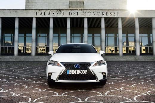 Lexus-CT-200h-6