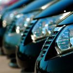 Как выбрать автомобиль с водителем напрокат?