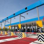 Кто устанавливает тарифы за проезд по платным дорогам в России?
