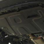 Как защитить днище автомобиля?