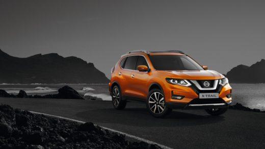 оранжевый Nissan X-Trail 2019